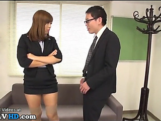 Japanese secretary dominates office lad