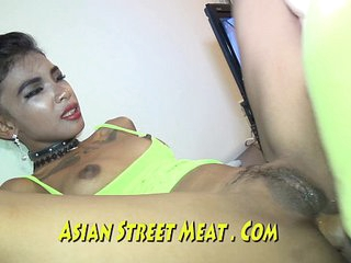 Black-hearted Tattooed Asian Dyke Loves Venal Anal