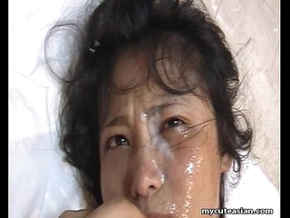 Bubble Butt Asian Gets A Massive Facial After Doggy!