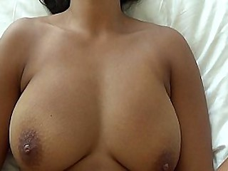 Asian babe takes namby-pamby cock
